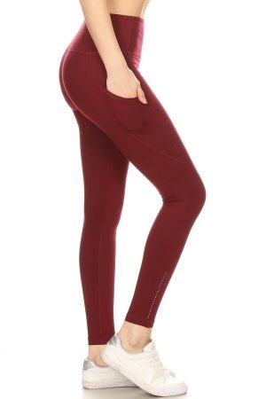 Premium Yoga Activewear Burgundy Leggings - Side Pockets 2