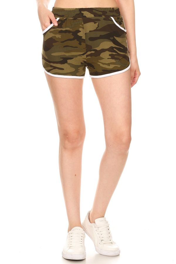 Camouflage Print Shorts with Pockets 2