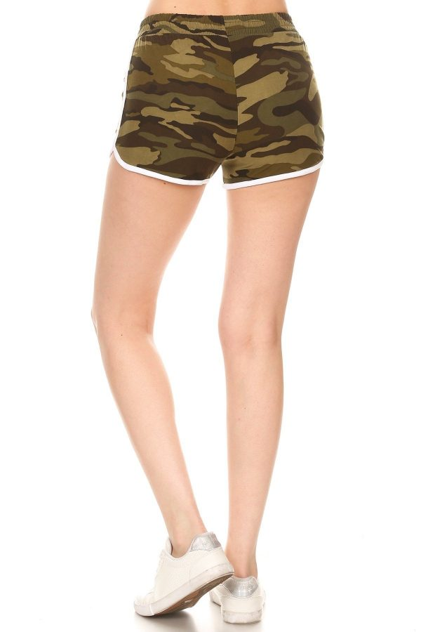 Camouflage Print Shorts with Pockets 3