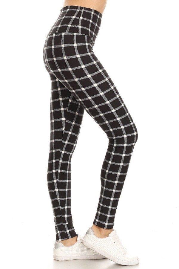Yoga Band Black & White Lined Checkered Leggings 1